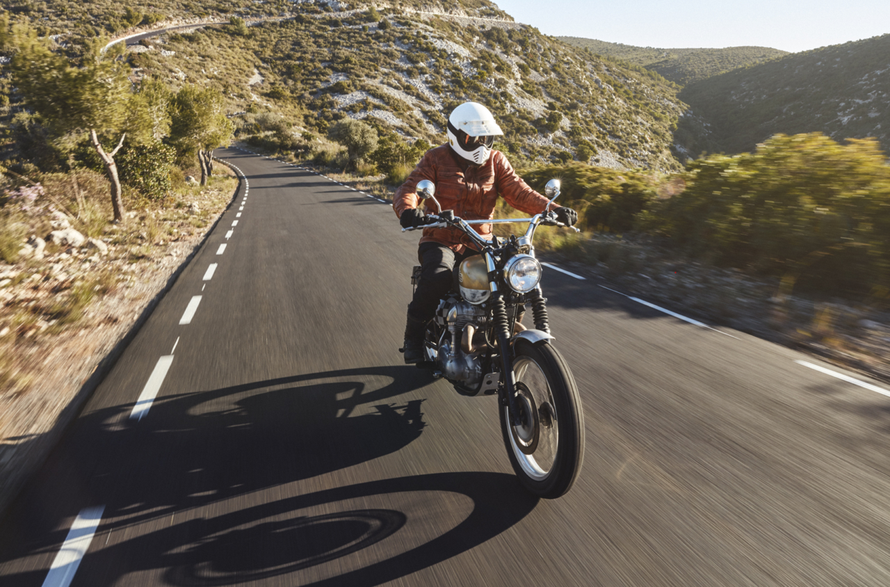 CARLES CARABÍ FUEL MOTORCYCLES – ABOUT TRUST MAGAZINE