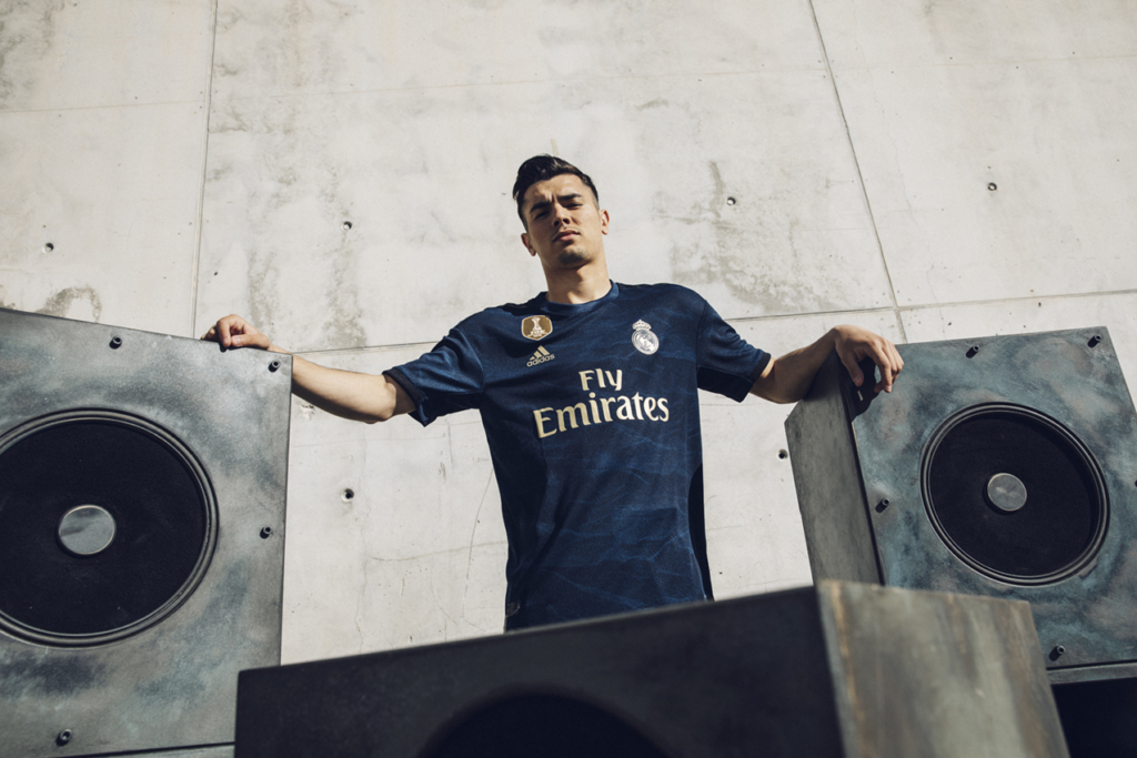CARLES CARABÍ Adidas Football – Real Madrid AwayKit 19/20